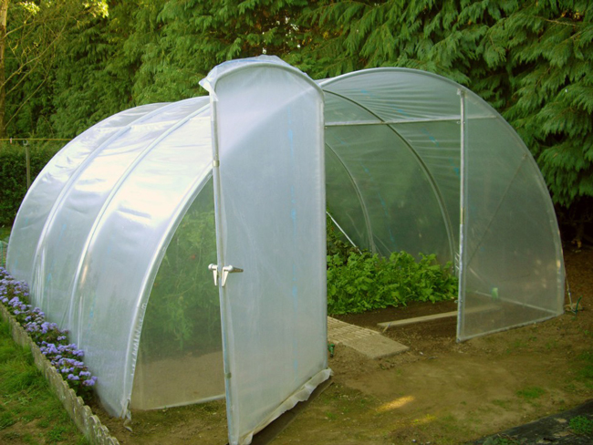 Serre de jardin Richel Bretagne : serre homologuée – BM Négociations